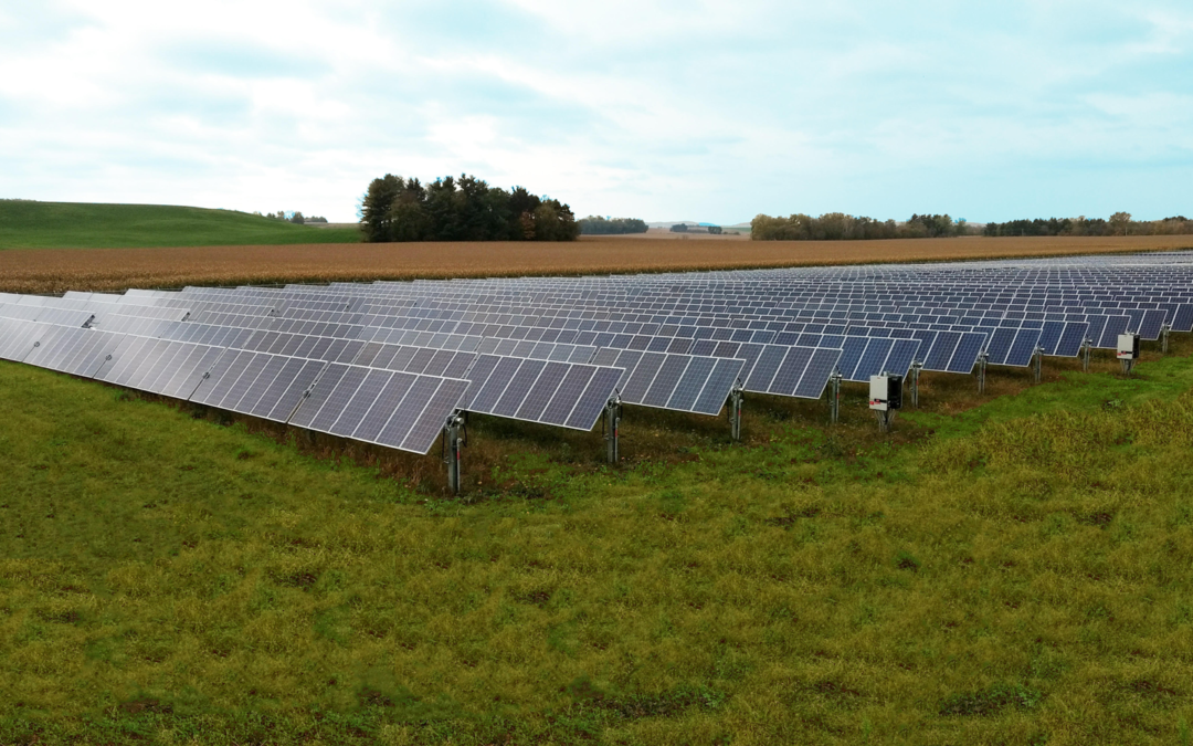 Solar energy at Dane County airport cleared for takeoff